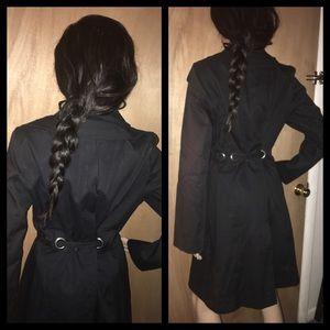Via Spiga Jackets & Coats - ✅1 Hr SALE‼️VIA SPIGA Trench Coat